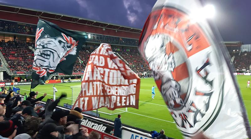'AZ en PSV volgen Ajax en willen stoppen met Eredivisie-seizoen'